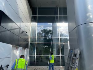 commercial window cleaning in dallas and fort worth