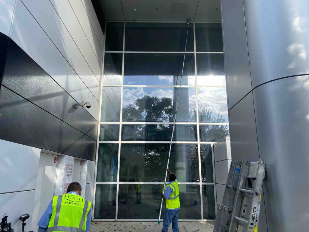 commercial window cleaning in Dallas and Fort Worth - C & D Commercial Services